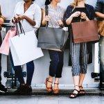 Ações e comunicações para vender mais no fim do ano: amigo secreto e formaturas