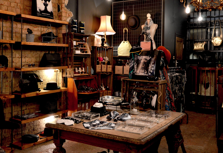 Revenda Uatt? em sua loja de moda e acessórios