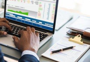 O que é CRM e como ele pode ajudar sua loja a vender mais?