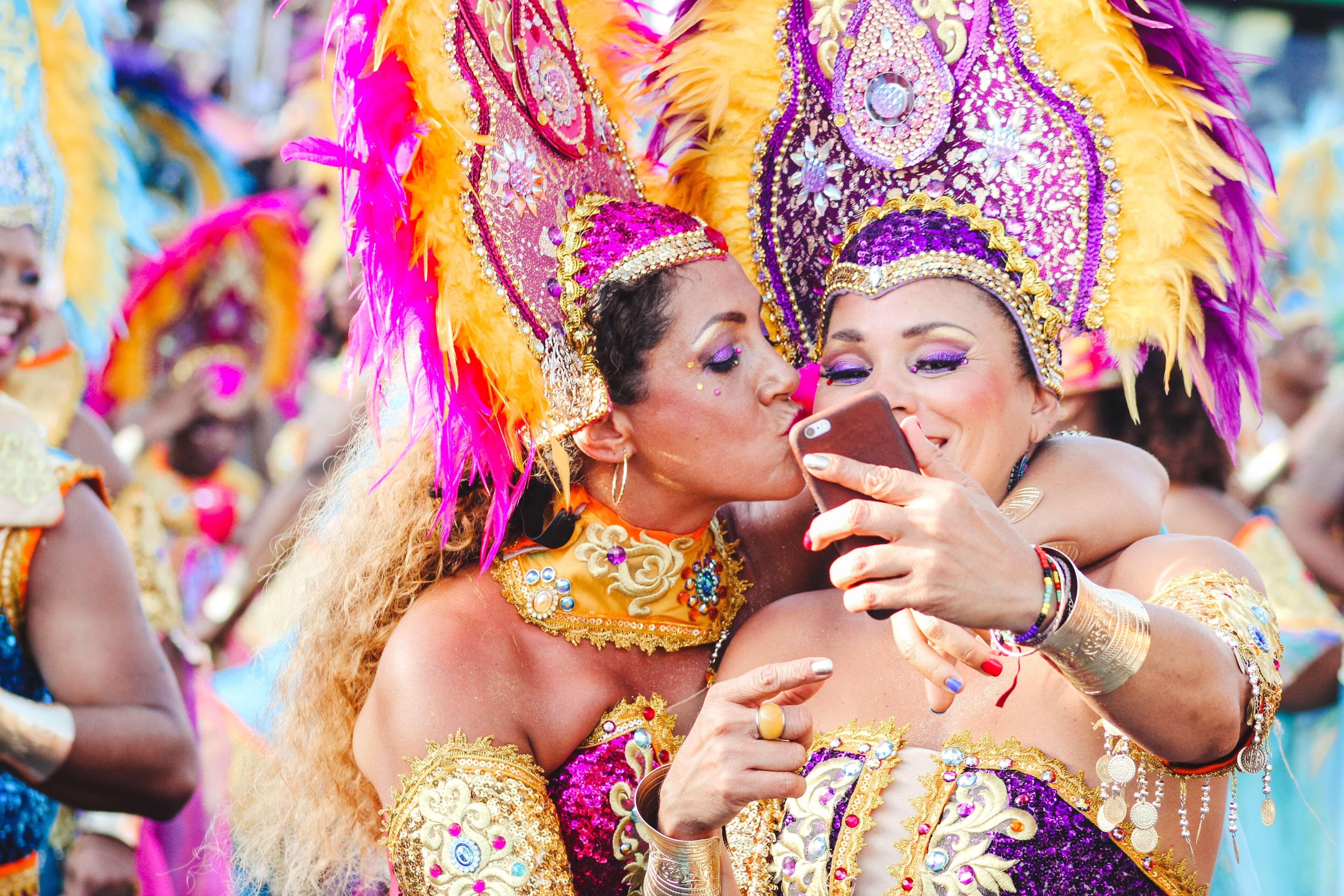 inspire-se para o visual merchandising de sua loja neste carnaval