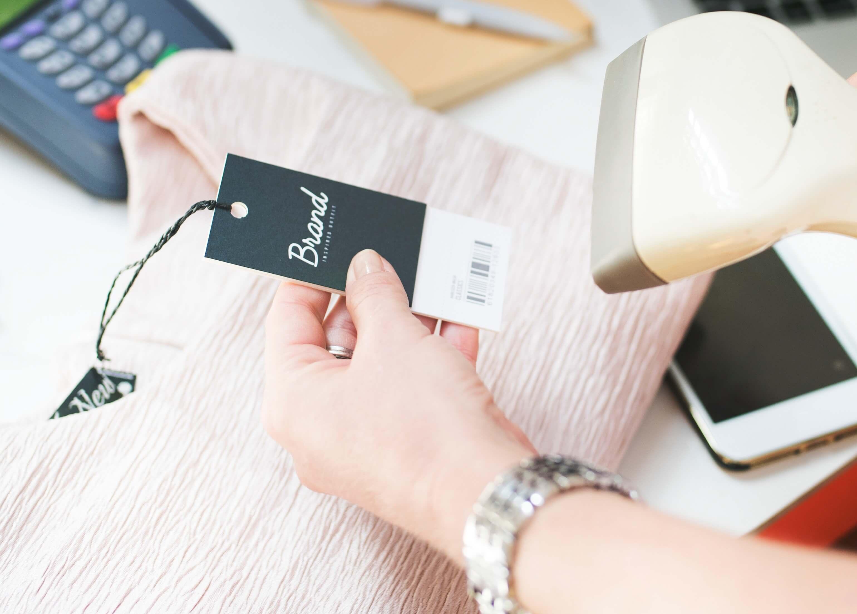 Quais são as funções do vendedor da sua loja de moda e acessórios