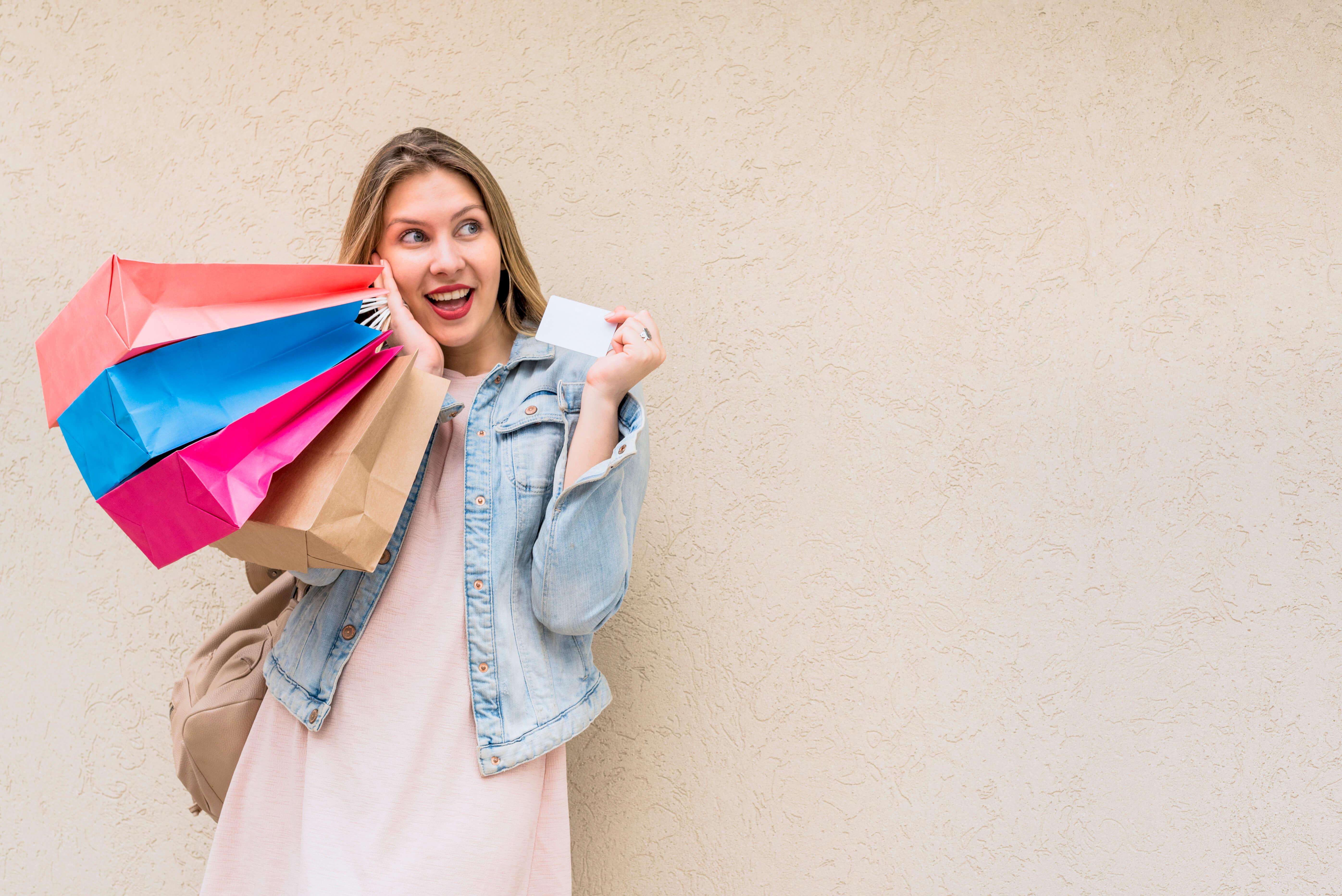 Como organizar uma loja de roupas na troca de coleção - serviços