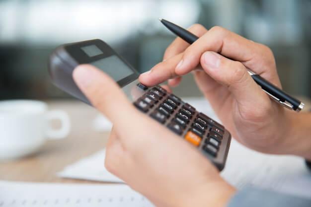 Como cobrar um cliente e evitar inadimplência?
